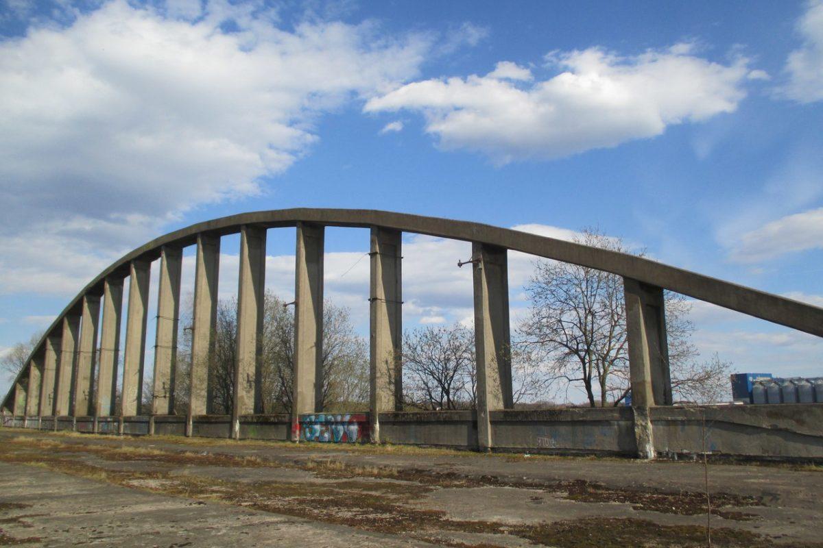 Петербуржские власти выставили нааукцион арки Володарского моста